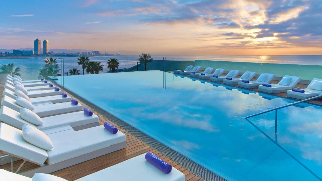 spain pool resort